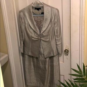 Two piece dress suit